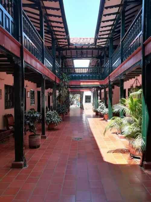 Hotel en Curiti