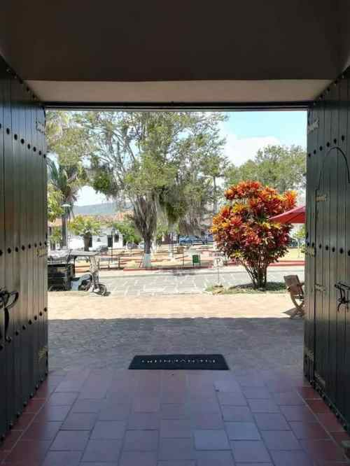 Hoteles en Curiti